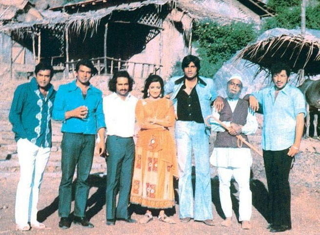 A Few Bollywood Legends In One Picture Behind the Scenes