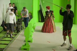 The Red Queen in Alice in Wonderland (2010) - Behind the Scenes photos
