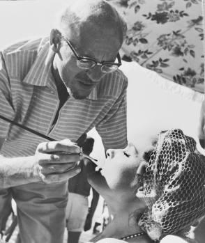 John & Ursula : Dr. No (1962) - Behind the Scenes photos
