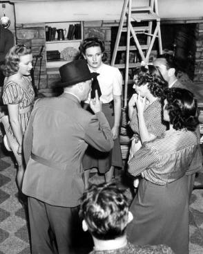 Daughters in Daughters Courageous (1939) - Behind the Scenes photos