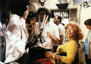 Smiles on the Set : Edward Scissorhands (1990) - Behind the Scenes photos