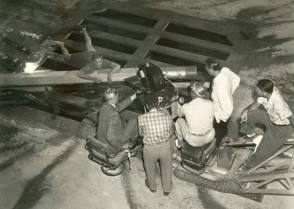 On Location : The Incredible Shrinking Man (1957) - Behind the Scenes photos