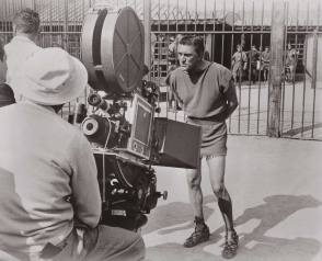 Kirk Douglas in Spartacus (1960) - Behind the Scenes photos