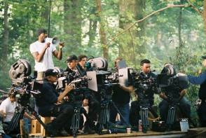 How Many Cameras Are There ? - Behind the Scenes photos