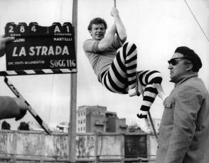 On Set of La Strada (The Road 1954) - Behind the Scenes photos