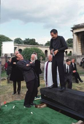 On Set of Johnny English (2003)