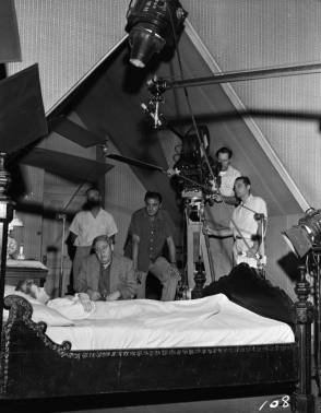 Filming The Night of the Hunter (1955) - Behind the Scenes photos
