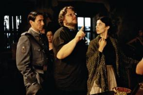 Sergi, del Toro and Maribel - Behind the Scenes photos
