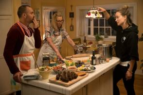It's Dinner Time!!! - Behind the Scenes photos