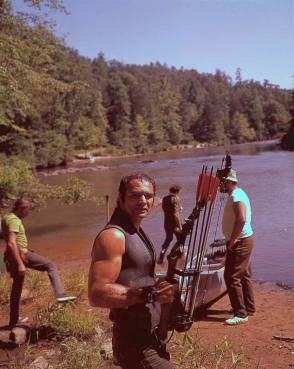 Burt Reynolds as Lewis Medlock - Behind the Scenes photos