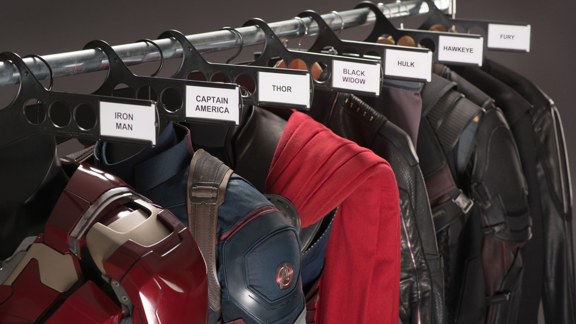 Avengers: Age of Ultron Behind the Scenes Photos & Tech Specs