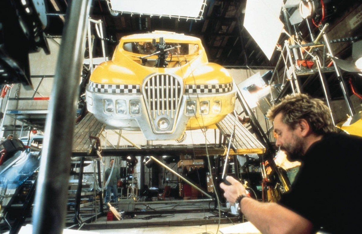 The Fifth Element Behind the Scenes Photos & Tech Specs