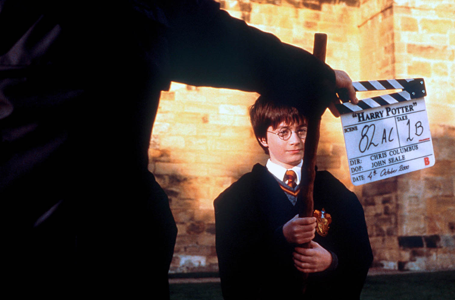 Harry Potter and the Sorcerer&νm;8217;s Stone Behind the Scenes Photos & Tech Specs