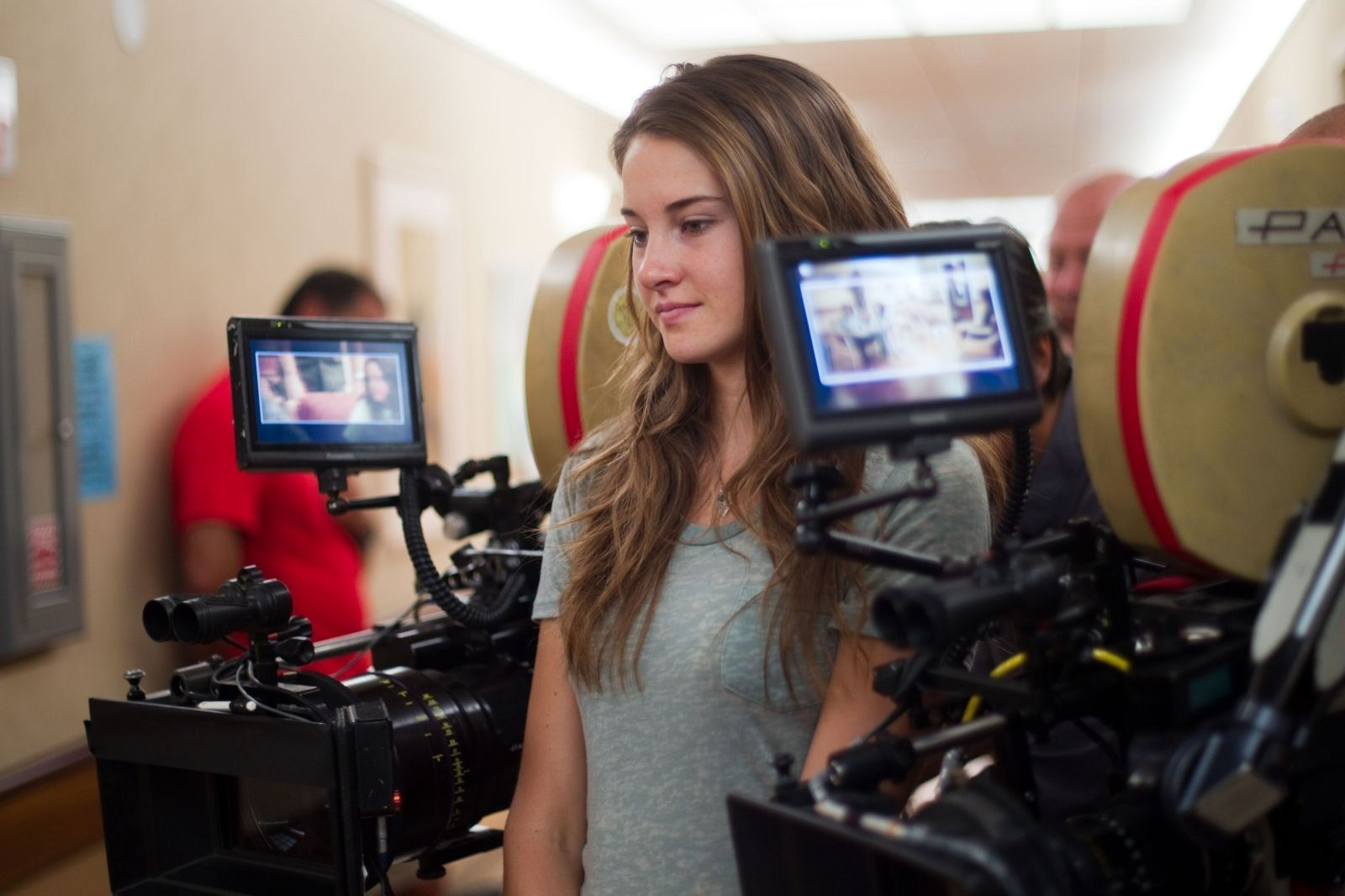 Shailene Woodley : The Descendants (2011) Behind the Scenes