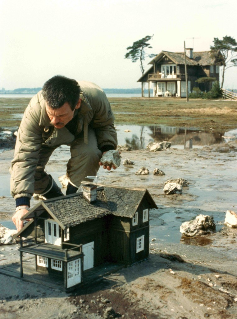 A Miniature Film Set : The Sacrifice (1986) » ShotOnWhat? Behind ...