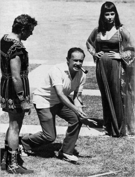 Cleopatra Set Behind the Scenes