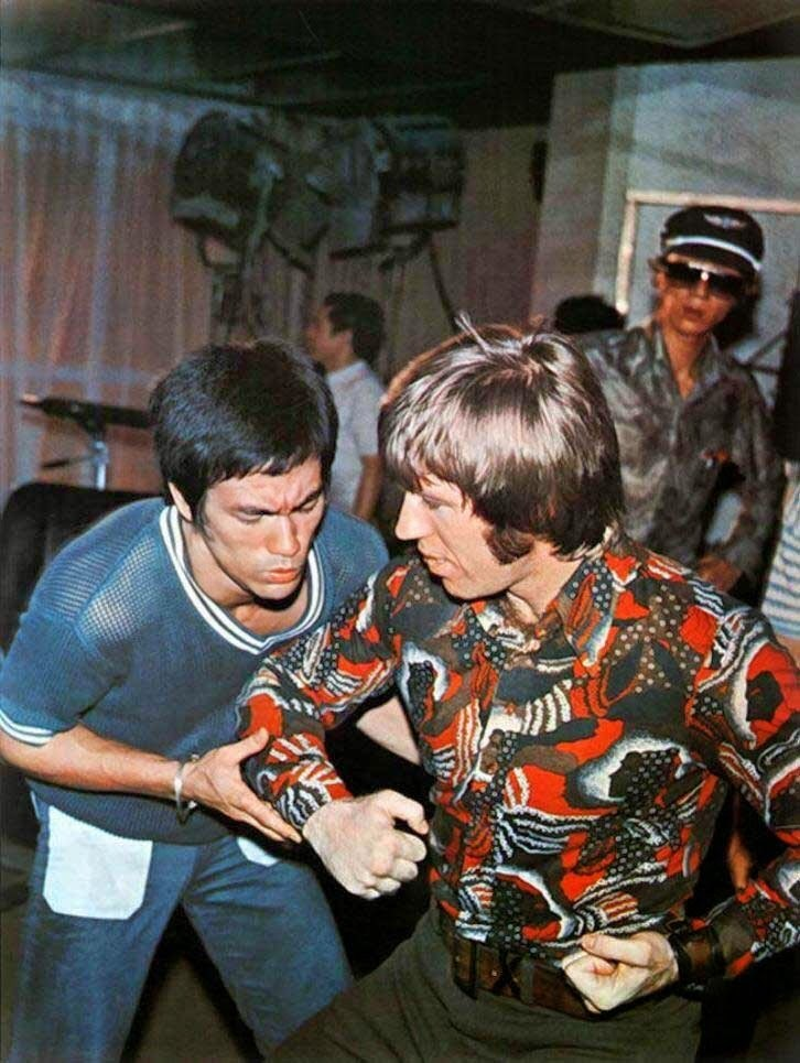 Bruce Lee with Chuck Norris Behind the Scenes