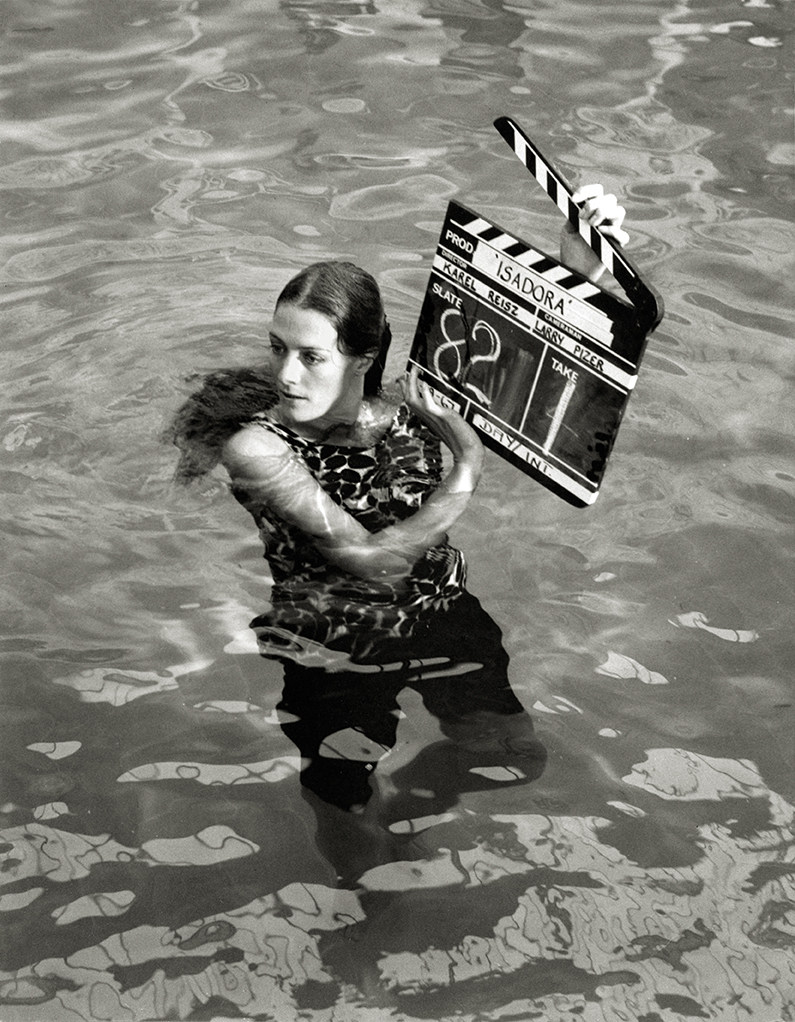 An Actress in Water Behind the Scenes