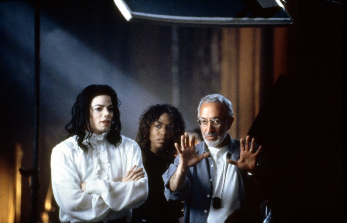 On Location : Ghosts (1997) Behind the Scenes