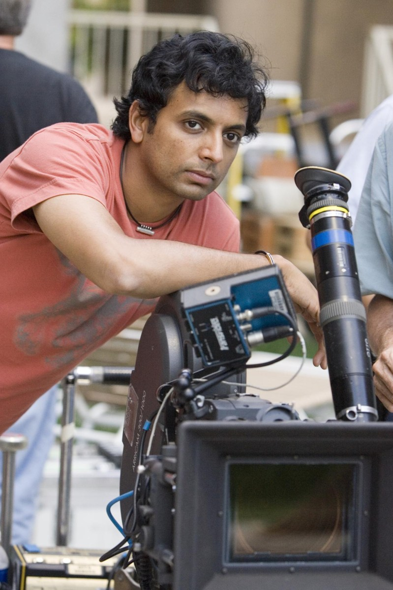 Shyamalan Directs Behind the Scenes