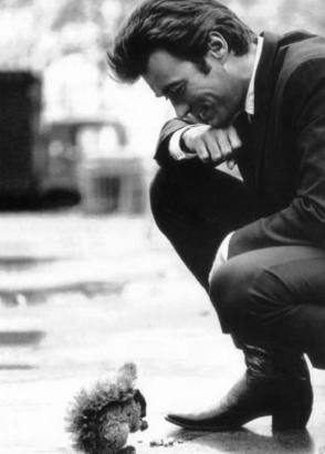 Clint with a Squirrel : Coogan's Bluff (1968) - Behind the Scenes photos