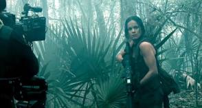 Alice Braga : Predators (2010) - Behind the Scenes photos