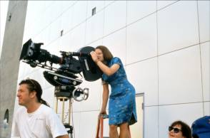 Jodie Foster as a Film Director - Behind the Scenes photos