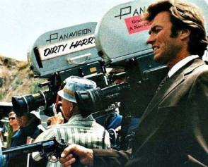 Clint Eastwood in Dirty Harry (1971) - Behind the Scenes photos