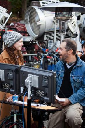 On Location : Love & Other Drugs (2010) - Behind the Scenes photos