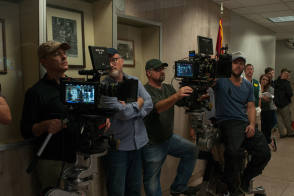 David Fincher on set – Gone Girl - Behind the Scenes photos