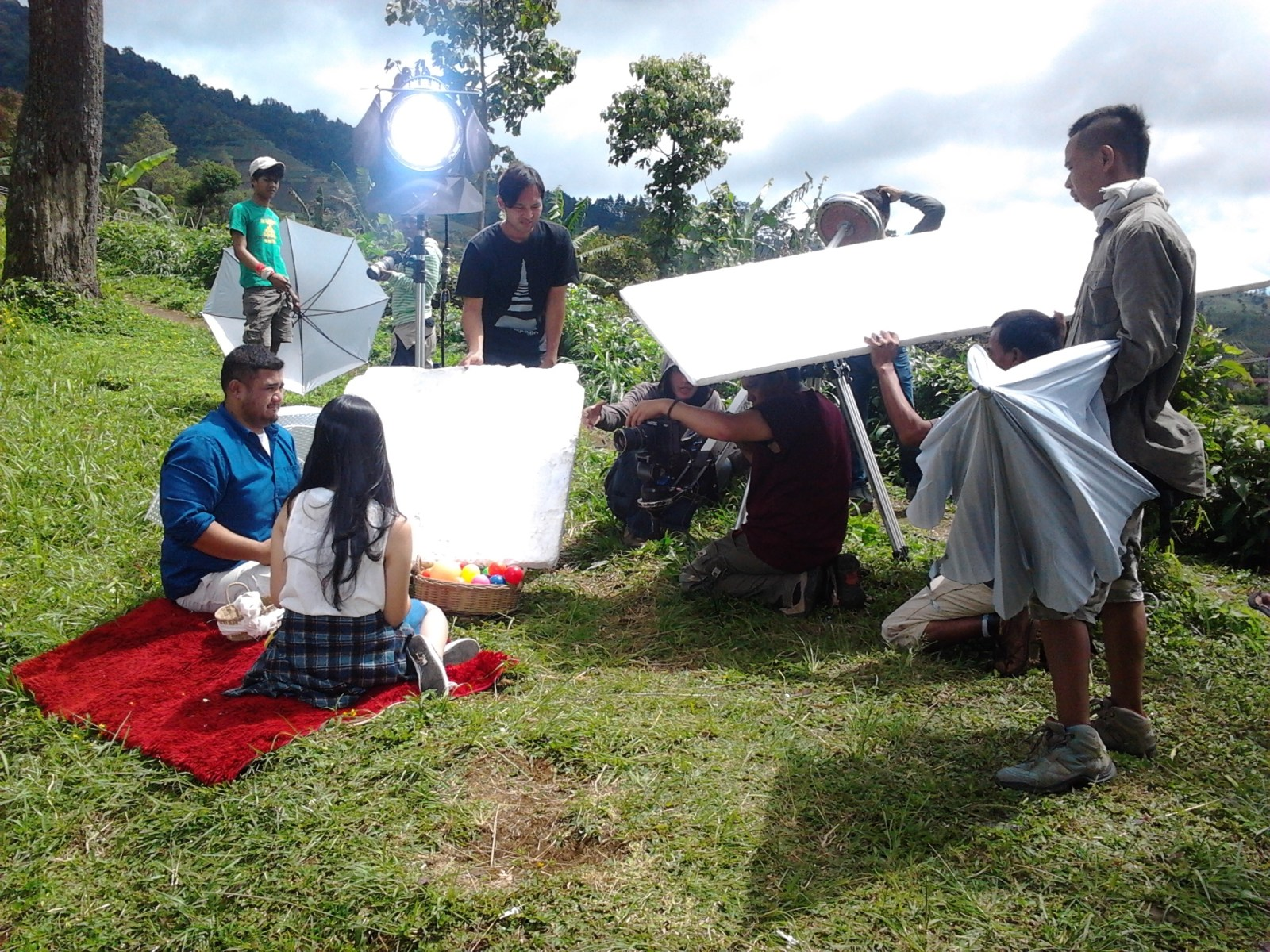 Behind The Scene: Mike Mohede – Kucinta Dirinya Behind the Scenes